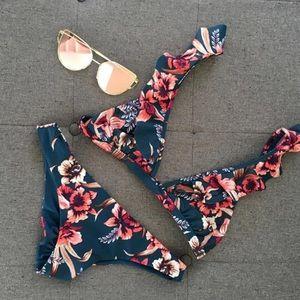 Retro floral Bikini Medium